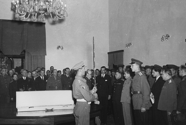 Presentation of the Sword of Stalingrad